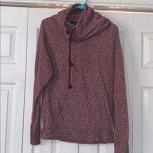 Women's maroon funnel neck pullover- size large